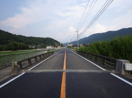 新糸石橋補修工事
