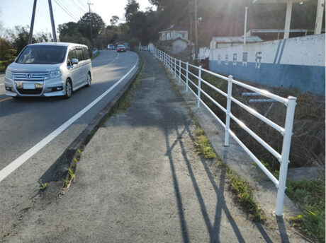 秋津川防護柵設置工事